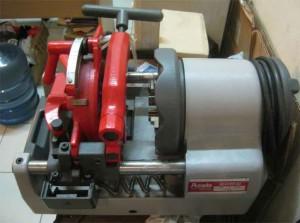 maintenance pneumatic PT Indokaro perkasa1 300x223 Pembuatan Trolley Autoclave